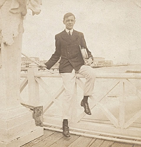Claggett Wilson on Heintz's Pier.
